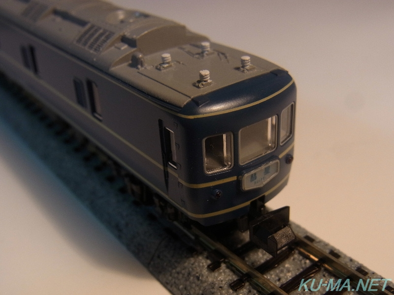 Model railroad photo of KATO KANI22 no-pantograph car SUISEI
